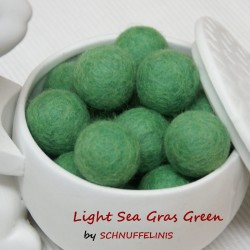 Felt Balls 30 light sea...