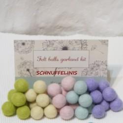 Felt balls spring mix