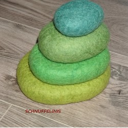 felt pebbels set green forest
