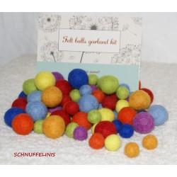 felt balls mix 4sizes...