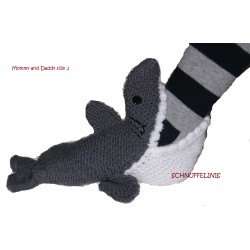 shark socks DIY knitting...