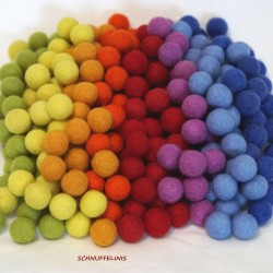 felt balls 80pc. Rainbow mix