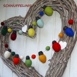 Christmas bulbs DIY garland