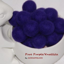 Felt Balls 48 pure purple