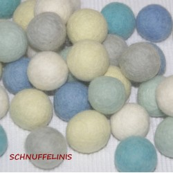 felt balls frozen set