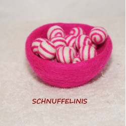 Felt balls swirl 12 hot pink