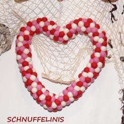 Filzkugeln Herzkranz 14 rosa