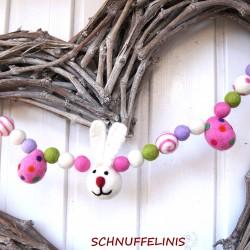 Garland Easter Bunny 01 snow