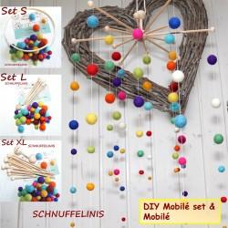 DIY Rainbow XXL baby mobile